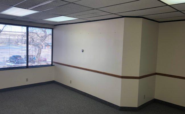 CW220-office3